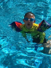 I can go beneath the surface for long periods of time with my trusty goggles,