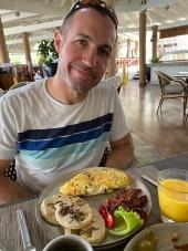 Breakfast at Pier 8