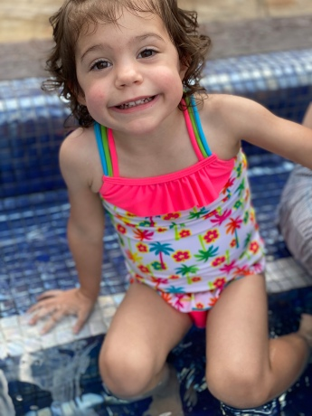 G in the pool